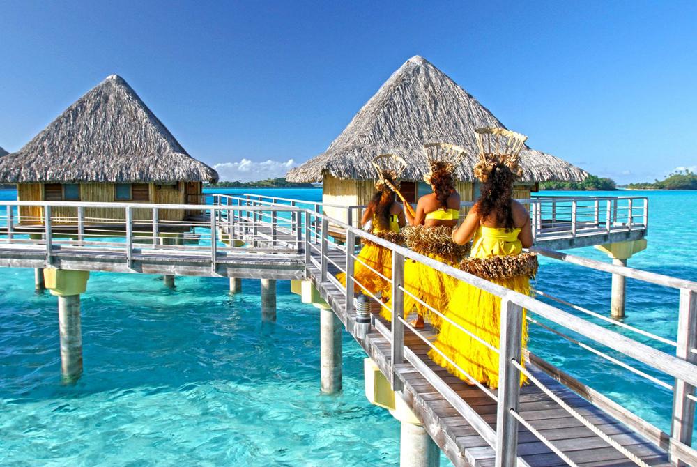 Kelionė į Taitį (egzotinės kelionės) Intercontinental Thalasso Spa Resort Bora Bora - Tahitian Girls