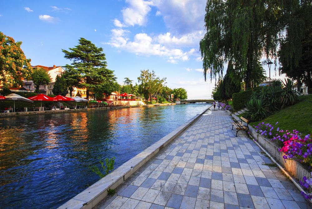 Makedonija (25)